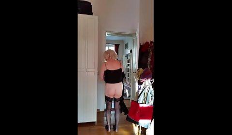 Paula07 gets spanked